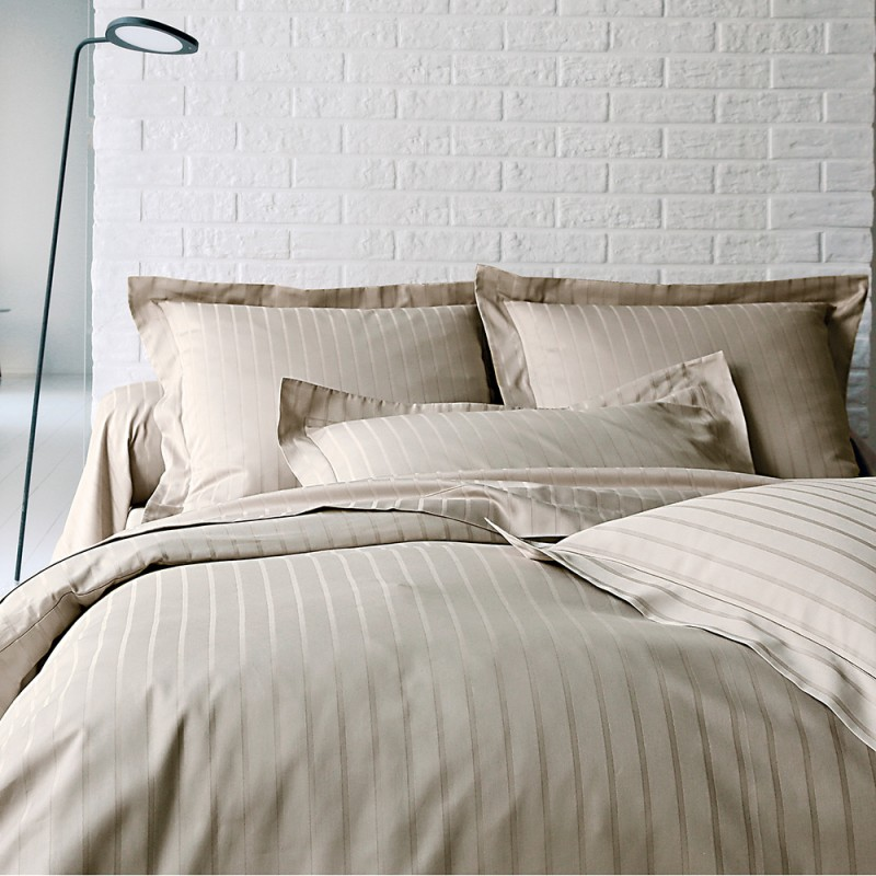 divine chanvre blanc des vosges l au march du linge. Black Bedroom Furniture Sets. Home Design Ideas